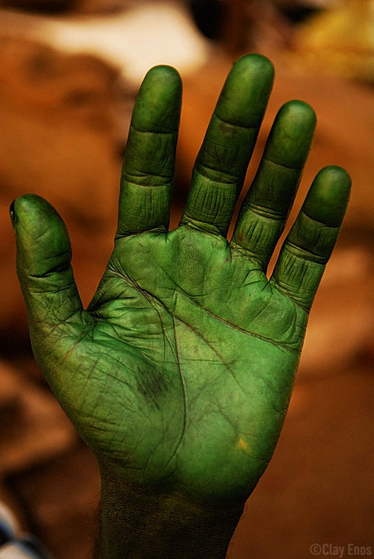 того момента, зеленая рука картинки показана при всех